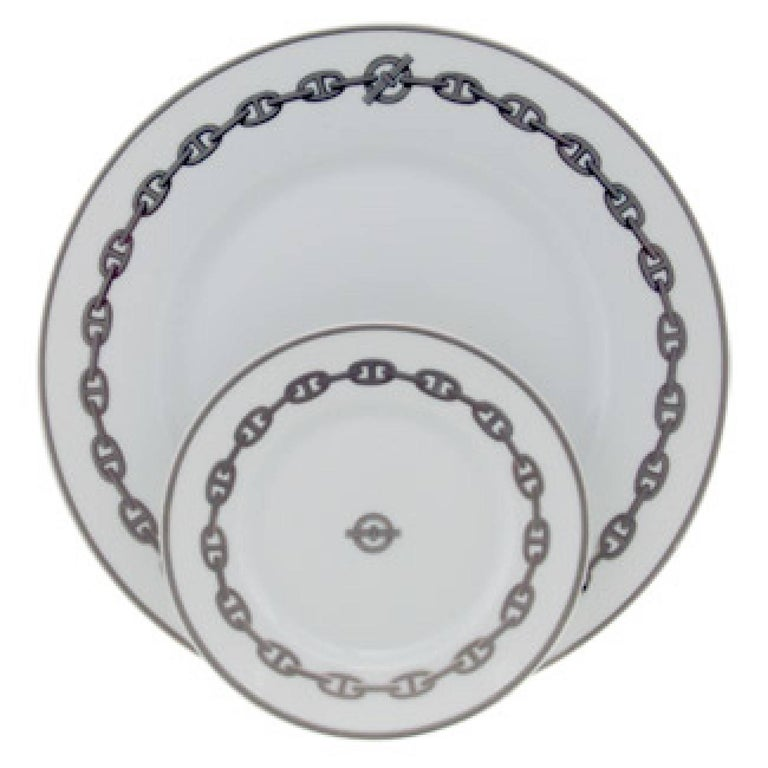 Set of 8 Hermes Place Settings in Chaine D'Ancre in Gray In Excellent Condition For Sale In New York, NY