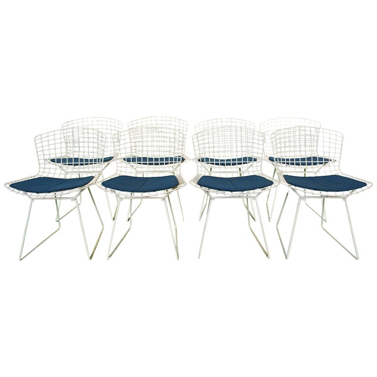 Set of 8 Knoll Bertoia White Wire Chairs Original Seat Cushions, 1950's For Sale
