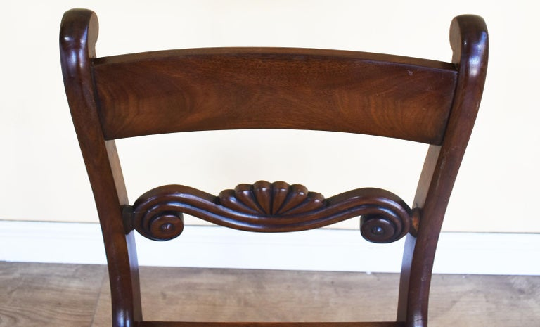 Set of 8 Mahogany Dining Chairs, 19th Century For Sale 1