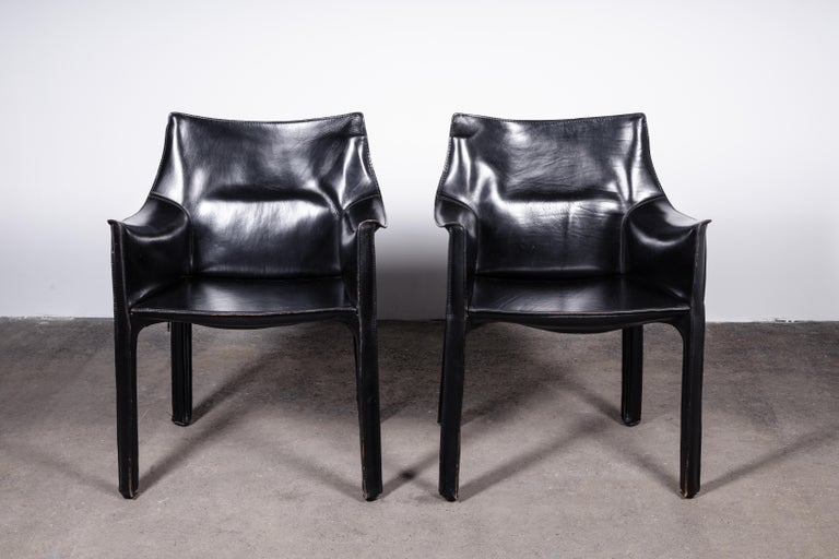 Mid-Century Modern Set of 8 Mario Bellini CAB 414 & 412 Chairs in Black Leather for Cassina For Sale