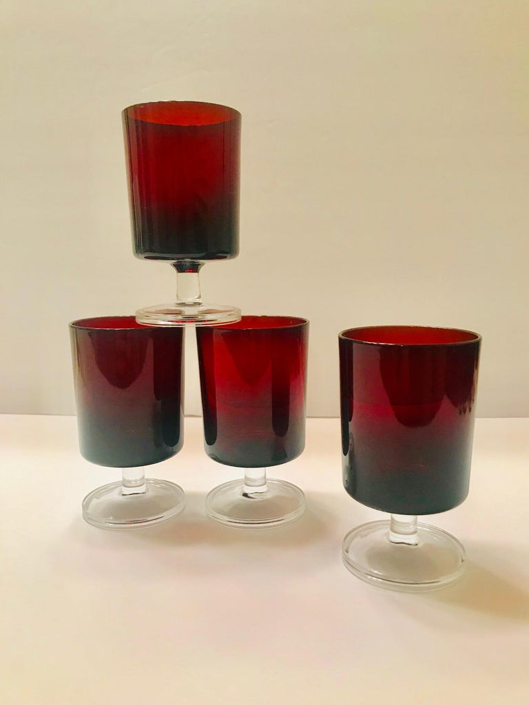 Set of 8 Mid-Century Modern Red Garnet Wine Goblets by Cristal d'Arques For Sale 7