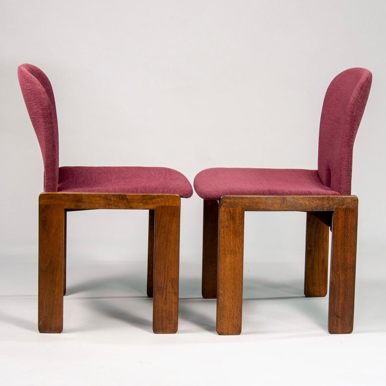 Mid-Century Modern Set of 8 Model 121 Chairs in Walnut by Afra and Tobia Scarpa for Cassina  For Sale