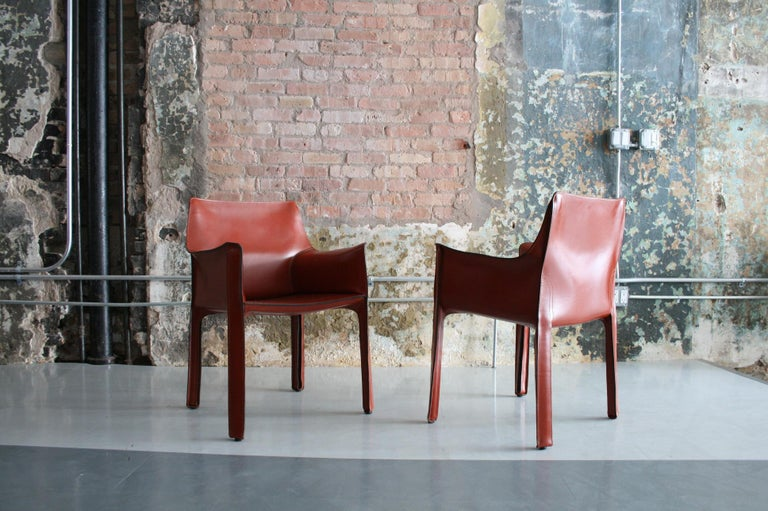Late 20th Century Set of 8 Original Leather 'Cab' Chairs by Mario Bellini for Cassina Italy For Sale