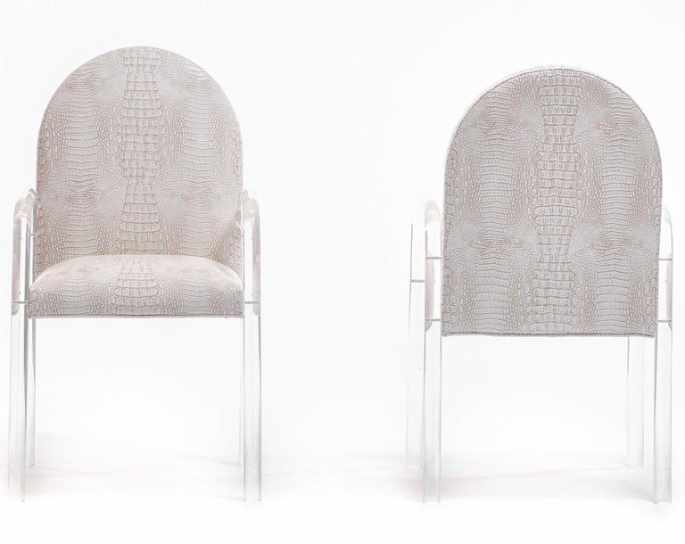 Set of 8 Pace Dining Armchairs in Ivory Crocodile Leatherette , circa 1970s For Sale 3