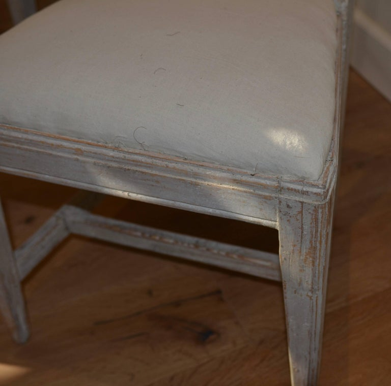 Set of Eight Period Swedish Gustavian Dining Chairs For Sale 3