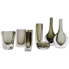 Set of 8 Pieces Nils Landberg Sommerso and Dusk Vases Orrefors, Sweden