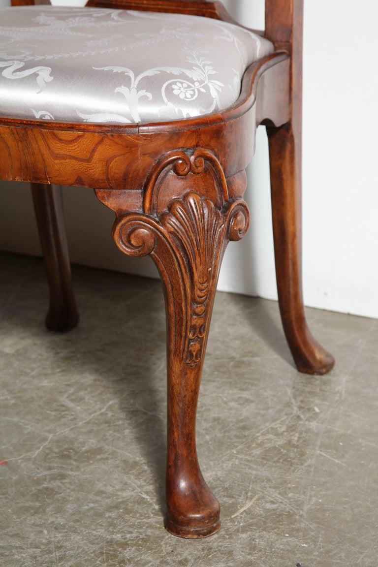 English Set of Eight Queen Anne Style Dining Chairs For Sale