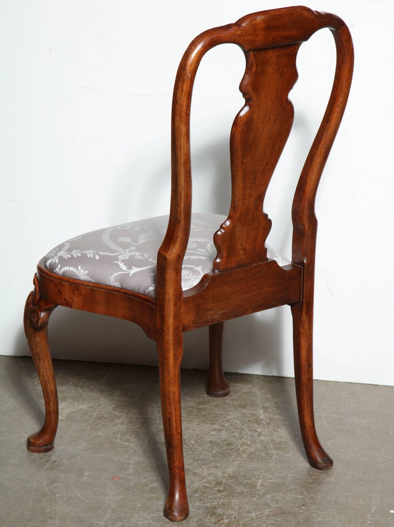 Set of Eight Queen Anne Style Dining Chairs For Sale 4