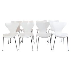Set of 8 Seven Chairs, Model 3107, Designed by Arne Jacobsen
