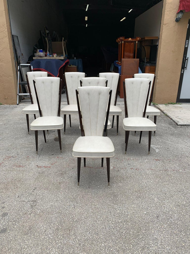Set of 8 Vintage French Modern Solid Mahogany Dining Chairs, 1940s In Good Condition For Sale In Hialeah, FL
