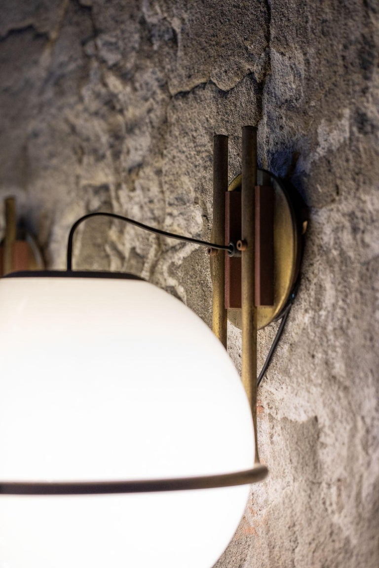 Set of 9 Brass and Glass Wall Lights from the 1970s In Excellent Condition In Carpaneto Piacentino, Italy