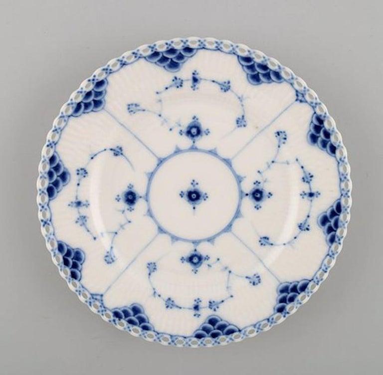 9e77d4d389a Antique blue fluted full lace flat plates from Royal Copenhagen
