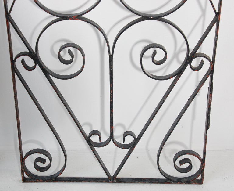 Set of Antique French Wrought Iron Garden Doors For Sale 6