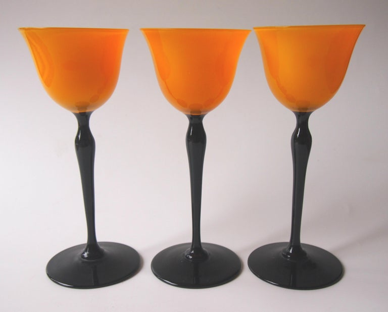 Early 20th Century Set of Bohemian Art Deco Orange and Black 'Tango' Glasses by Harrach For Sale