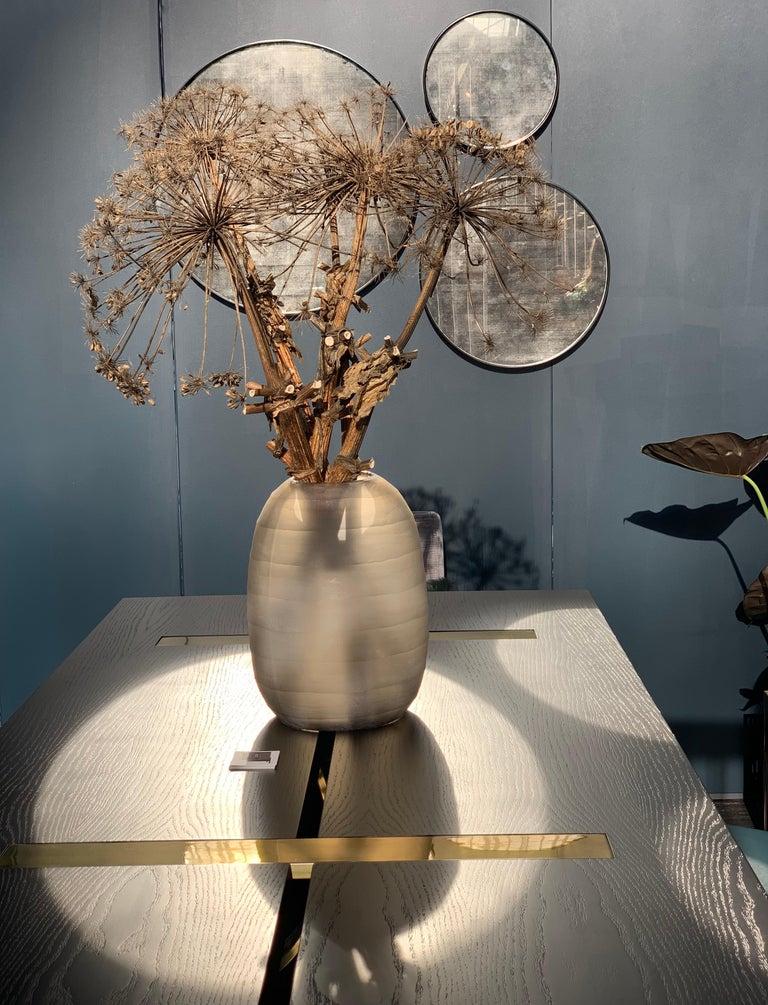 Set of Art Deco Style Eros Round Mirror with White Gold Mirror Black For Sale 3