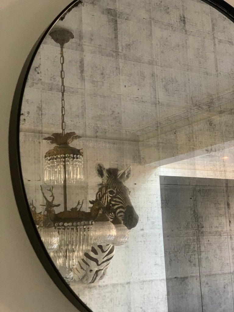 Set of Art Deco Style Eros Round Mirror with White Gold Mirror Black For Sale 1