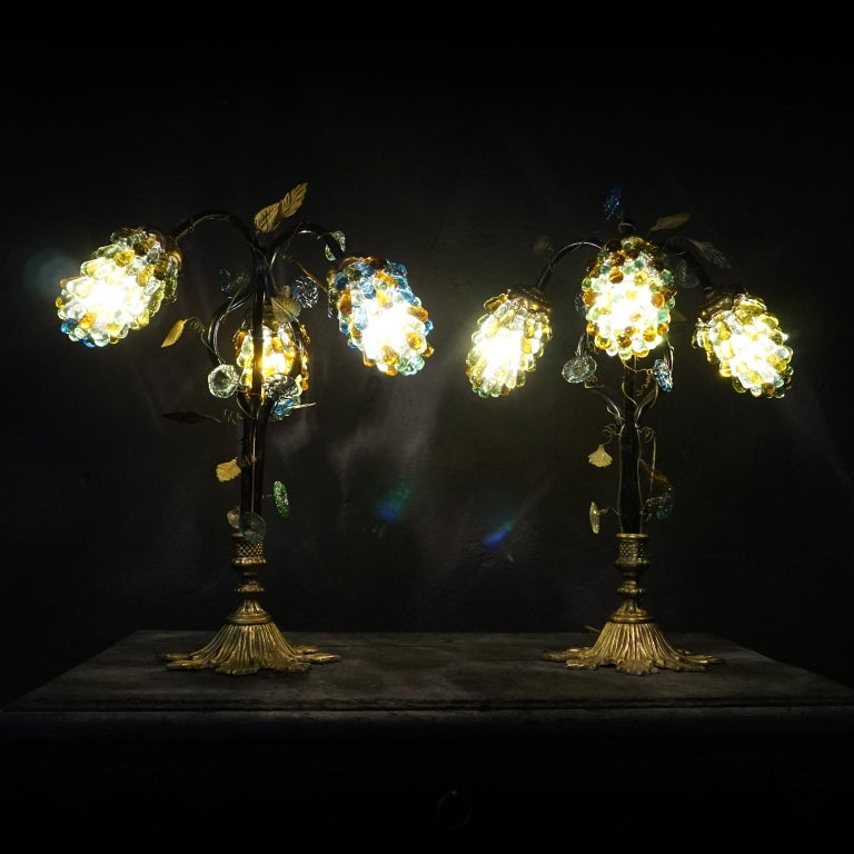 Set of Art Nouveau Italian Table Lamp Shades with Three Large Glass Grapes In Good Condition For Sale In Haarlem, NL