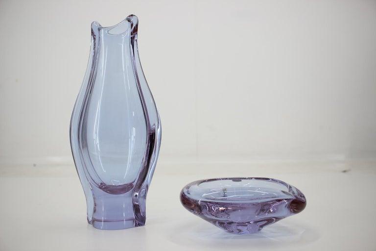 Set of Ashtray and Vase/Železnobrodské Sklo, 1960s In Good Condition For Sale In Praha, CZ
