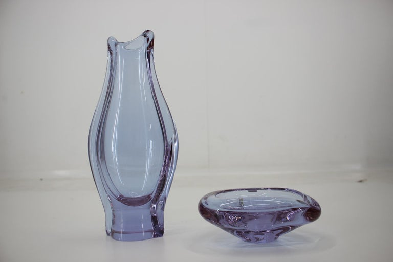 Mid-20th Century Set of Ashtray and Vase/Železnobrodské Sklo, 1960s For Sale