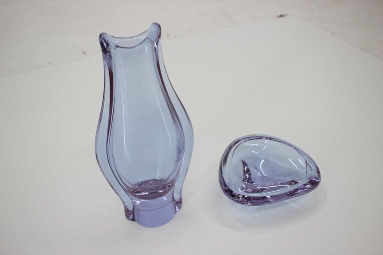 Glass Set of Ashtray and Vase/Železnobrodské Sklo, 1960s For Sale