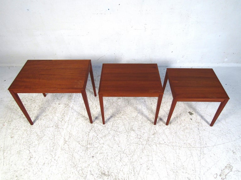Set of Bent Silberg Danish Nesting Tables In Good Condition For Sale In Brooklyn, NY