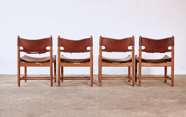 Set of early Børge 'Borge' Mogensen Spanish Dining Chairs, Denmark, 1960s In Good Condition In London, GB