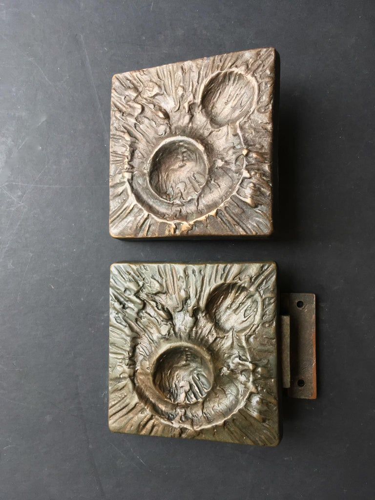 Set of Two Bronze Door Handles with Lunar Landscape Design, European, 1970s For Sale 5