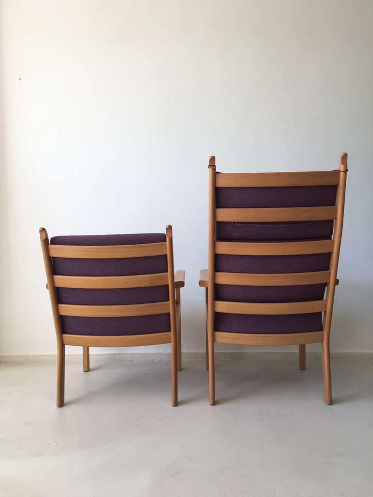Mid-Century Modern Set of Chairs by Hans Wegner for GETAMA, 1980s For Sale