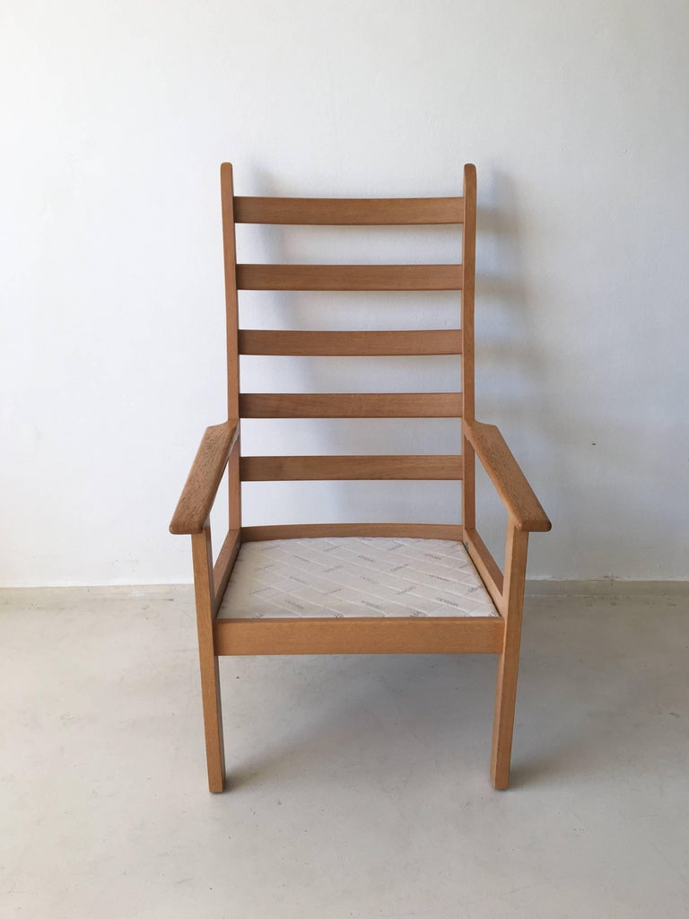 Leather Set of Chairs by Hans Wegner for GETAMA, 1980s For Sale