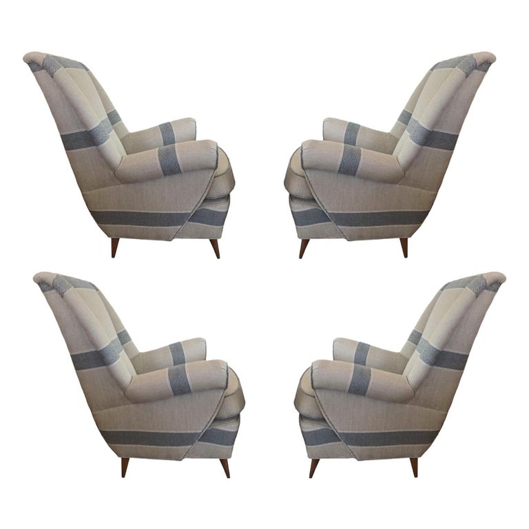Set of Chairs, Italy Mid-Century Modern For Sale
