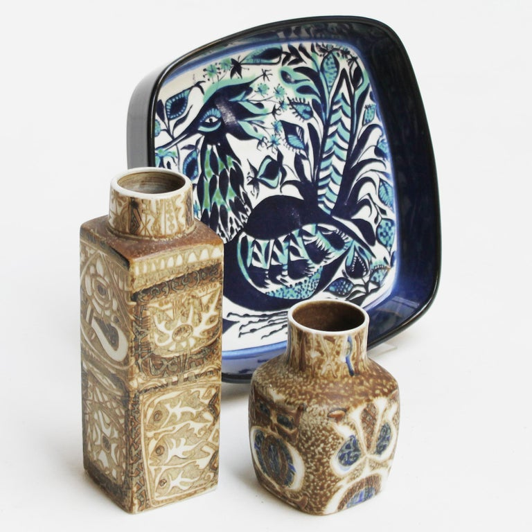 Set of Danish ceramics for Royal Copenhagen by Nils Thorsson and Marianne Johnson.  A pair of small ceramic vases, designed by Nils Thorsson, part of the 'Baca' Series, produced for Royal Copenhagen-Aluminia, Denmark. Period 1963-70. The Baca