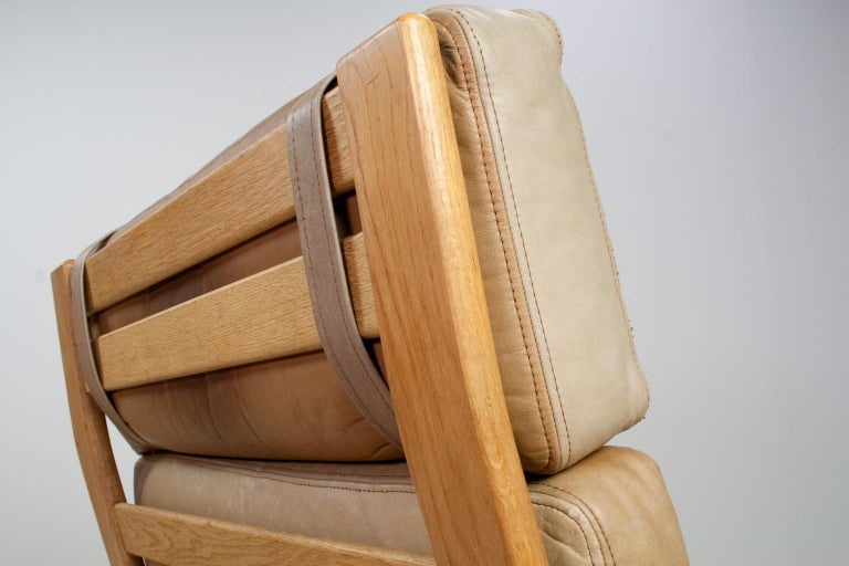 Set of Danish High Back Lounge Chairs in Tan Leather and Oak, 1960s Komfort For Sale 1