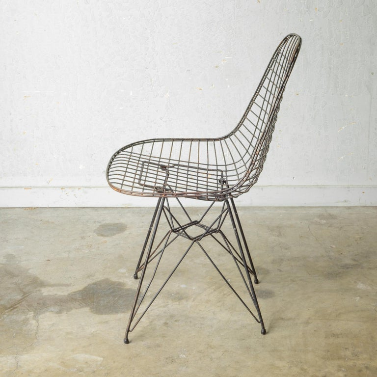 Set of Eames for Herman Miller Wire DKR Chairs, circa 1950 For Sale 9