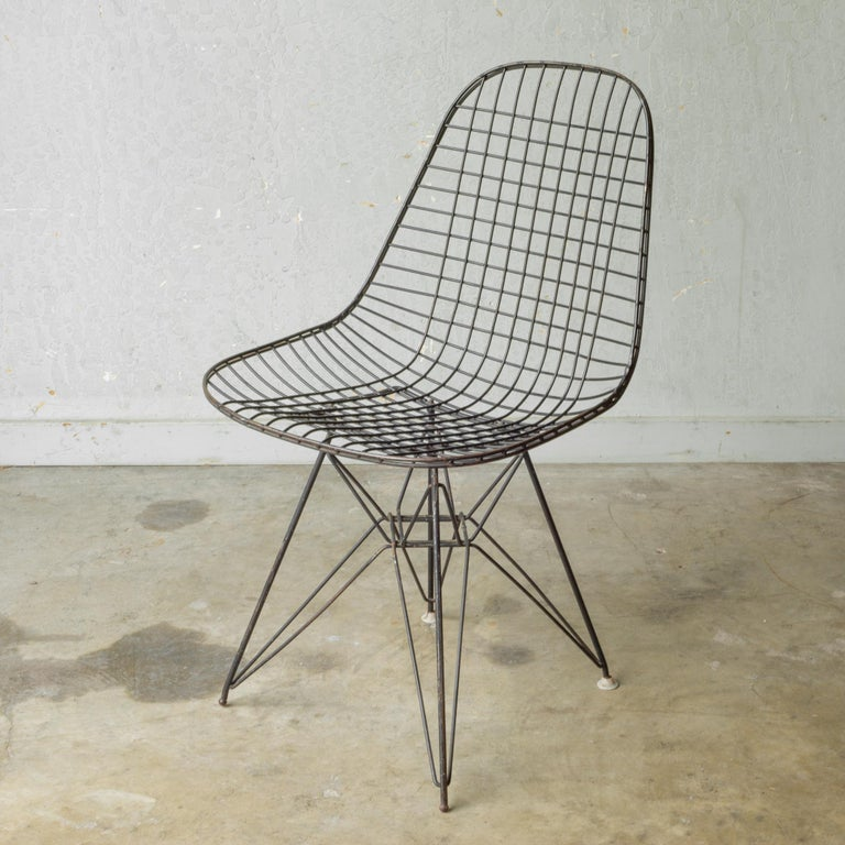 Mid-Century Modern Set of Eames for Herman Miller Wire DKR Chairs, circa 1950 For Sale