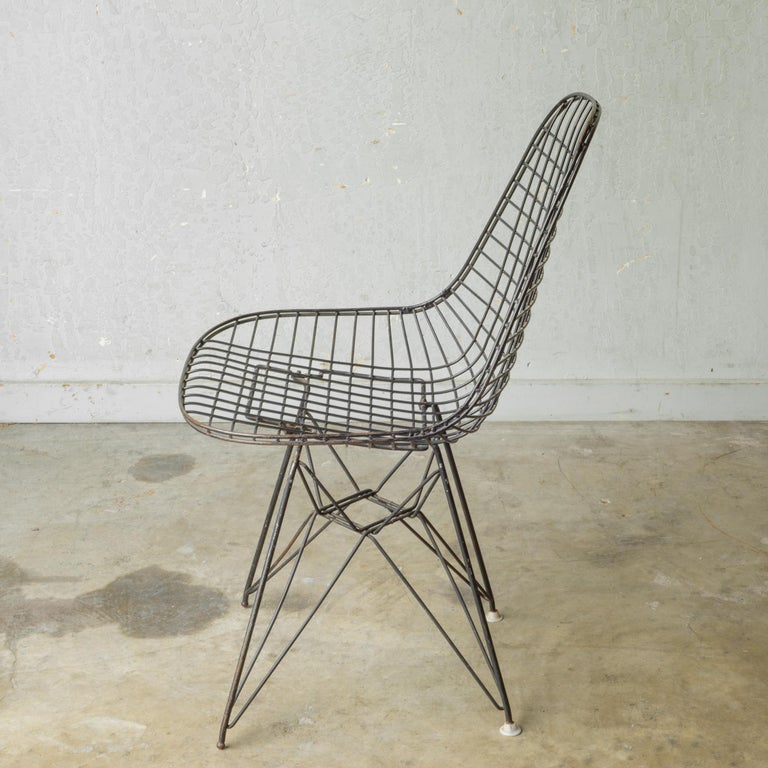 20th Century Set of Eames for Herman Miller Wire DKR Chairs, circa 1950 For Sale
