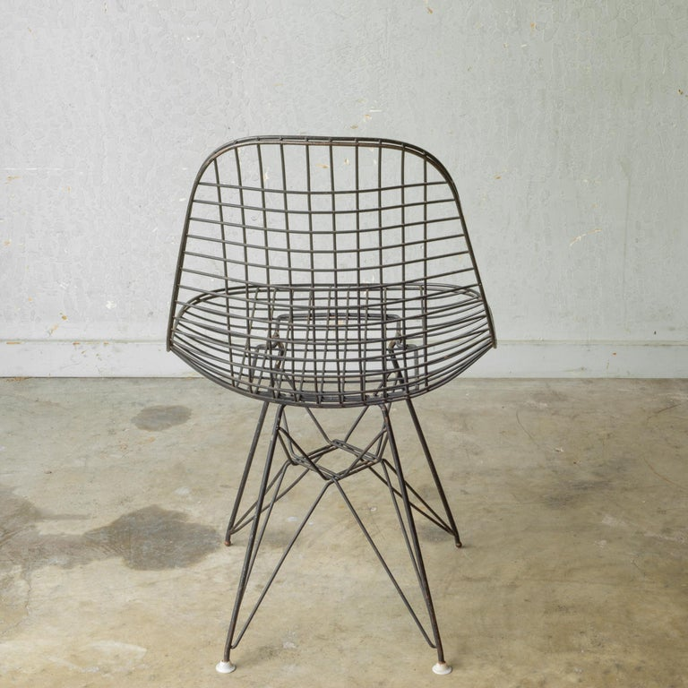Metal Set of Eames for Herman Miller Wire DKR Chairs, circa 1950 For Sale