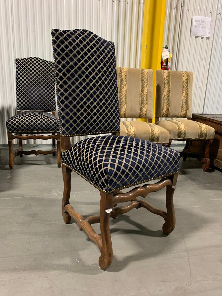 Set of Eight 20th Century French Louis XII Os de Mouton Dining Chairs In Good Condition For Sale In Atlanta, GA