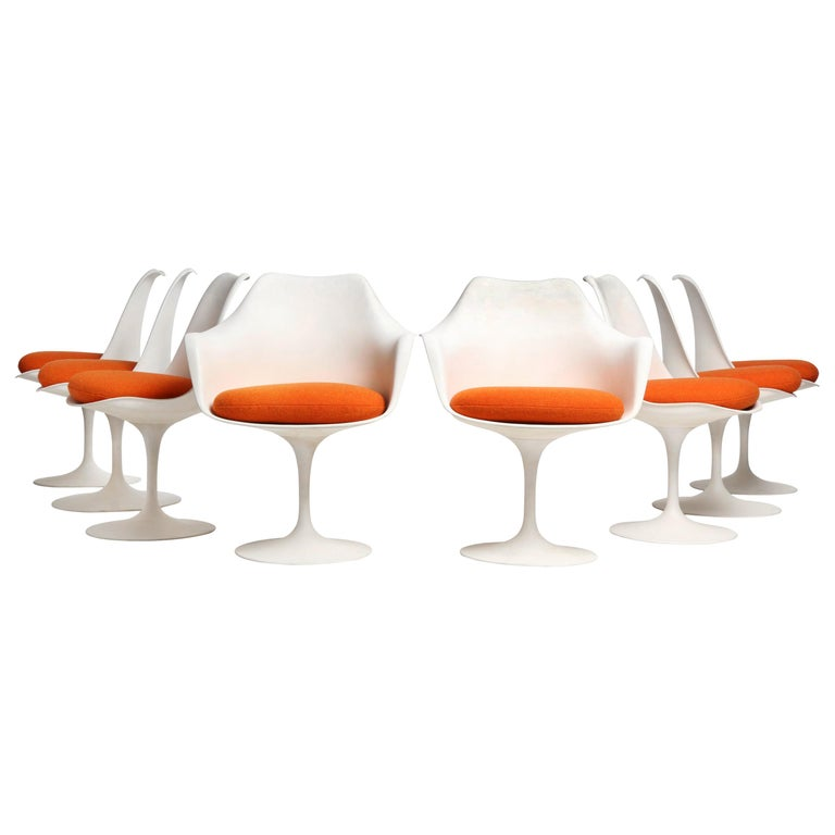 Set of Eight (8) Tulip Chairs by Eero Saarinen for Knoll For Sale