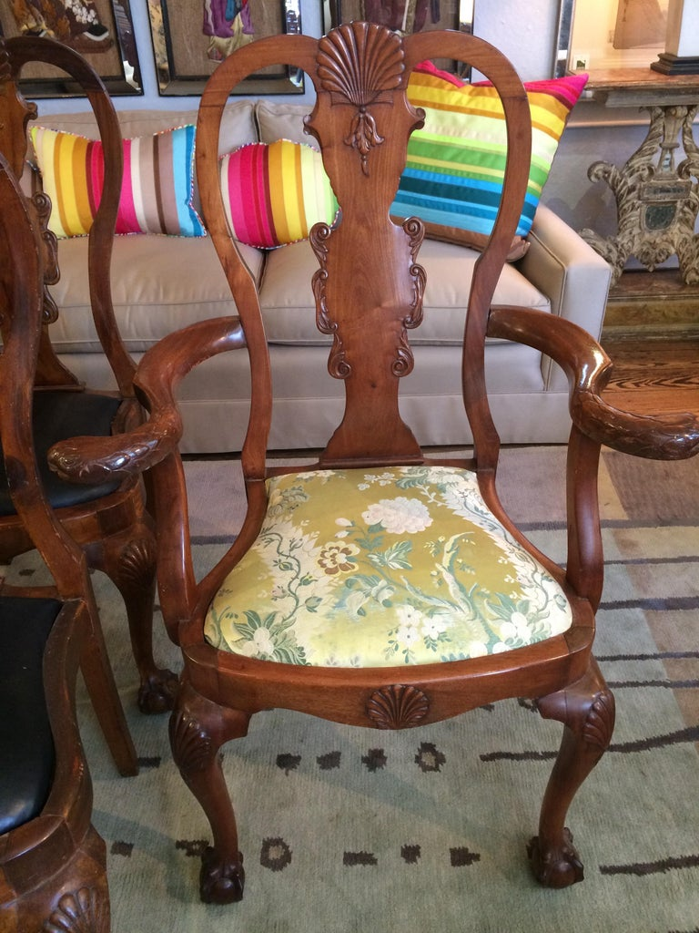 English Set of Eight Antique Queen Anne Style Dining Chairs For Sale