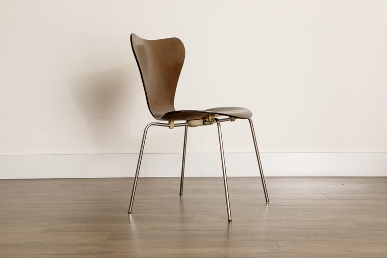 Set of Eight Arne Jacobsen for Fritz Hansen 'Series-7' Chairs, c. 1973, Signed  For Sale 2