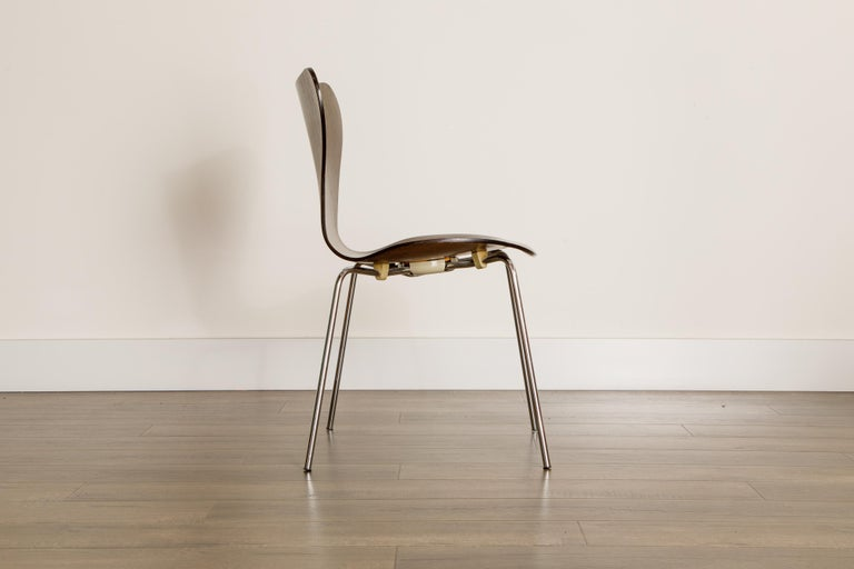 Set of Eight Arne Jacobsen for Fritz Hansen 'Series-7' Chairs, c. 1973, Signed  For Sale 3