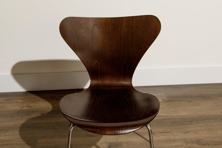 Set of Eight Arne Jacobsen for Fritz Hansen 'Series-7' Chairs, c. 1973, Signed  For Sale 10