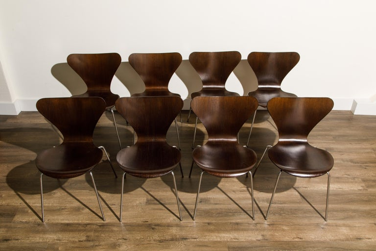 Set of Eight Arne Jacobsen for Fritz Hansen 'Series-7' Chairs, c. 1973, Signed  In Good Condition For Sale In Los Angeles, CA