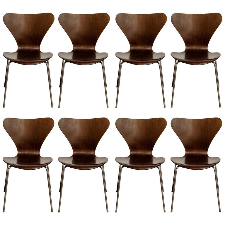Set of Eight Arne Jacobsen for Fritz Hansen 'Series-7' Chairs, c. 1973, Signed  For Sale