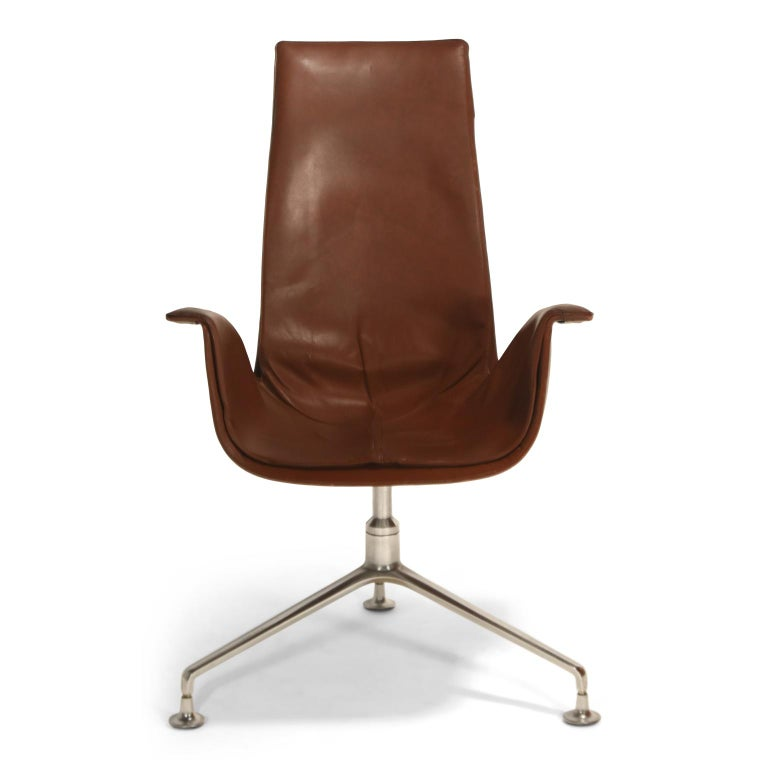 High back (executive) version of the Model FK 6725, leather 'Bird' chair, also commonly referred to as the 'Tulip' chair, designed by Preben Fabricius and Jørgen Kastholm, manufactured in Germany by Alfred Kill International during the 1960s. Chairs
