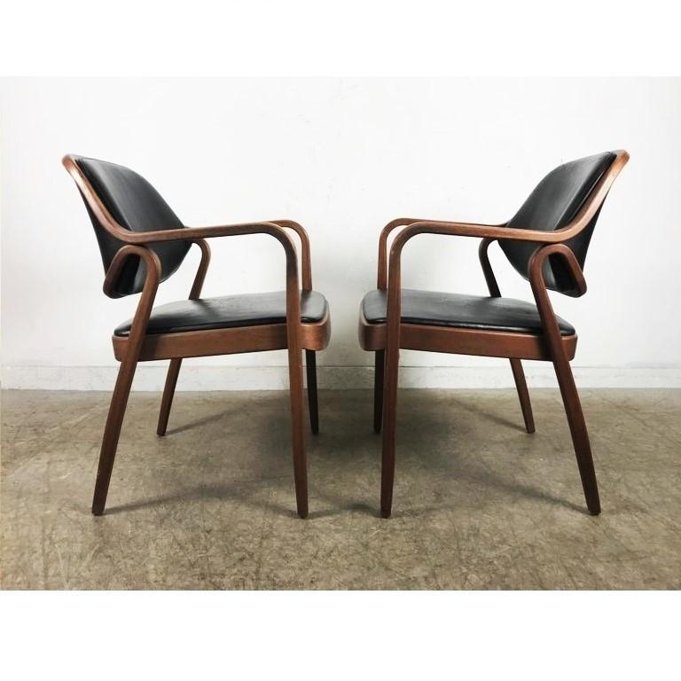 Mid-Century Modern Set of Eight Black Don Petitt Bentwood Armchairs for Knoll For Sale