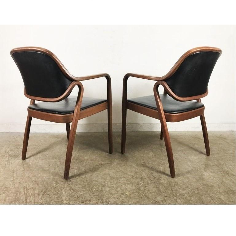 Set of Eight Black Don Petitt Bentwood Armchairs for Knoll In Good Condition For Sale In Dallas, TX
