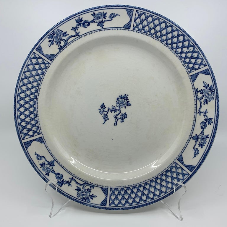 20th Century Set of Eight Blue and White Exeter Plates For Sale