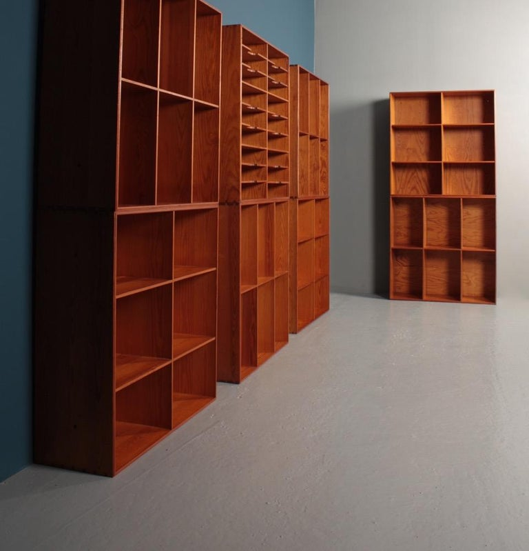 Set of Eight Bookcases in Pine by Mogens Koch, Danish Design, Midcentury, 1950s For Sale 5