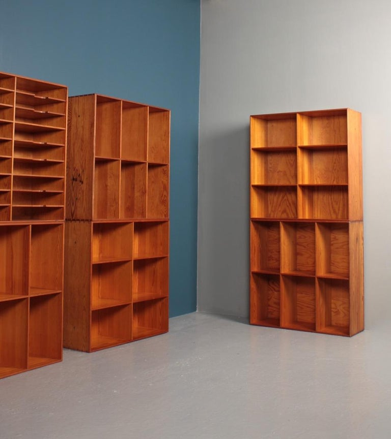 Set of Eight Bookcases in Pine by Mogens Koch, Danish Design, Midcentury, 1950s For Sale 1